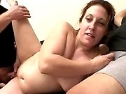 Pregnant mature sucks strong cocks